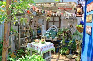 ジャンクガーデン,グレイスオブガーデン,アンティーク雑貨,ブリキ雑貨,ガーデニング,かわいい庭,おしゃれな庭