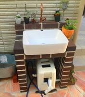 腰高立水栓,可愛い水道,オリジナルデザイン立水栓,ガーデニングに似合う水道,手作り水道,収納のある立水栓